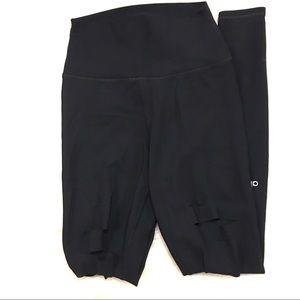 Alo Yoga Black Ripped Warrior Leggings Size XS